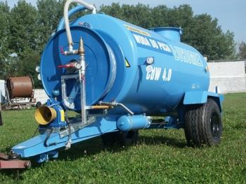Przyczepa do transportu wody pitnej